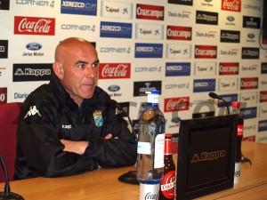 Carlos Ríos, entrenador del Xerez / XerezCD.com