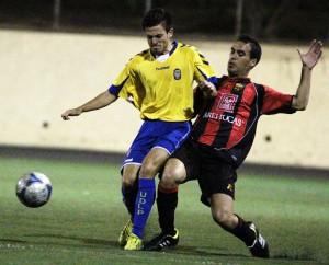 José Artiles volvió a la titularidad / Daniel Cáceres (udlaspalmas.net)