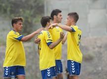 El filial no falla en su lucha por la Liga (4-0)