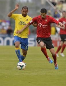 Nauzet Alemán volvió a la titularidad en Anduva / LFP.es