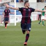Tyronne y Chus Sosa brillan en la victoria del Huesca ante el Toledo