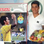Araujo entrega los abonos a los ganadores de la campaña 'Toma Asiento' en SPAR Gran Canaria