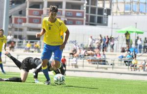 Manu Dimas seguirá en la dinámica del primer equipo