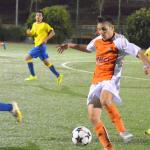 El juvenil recupera el liderato en solitario tras vencer al Acodetti (0-2)