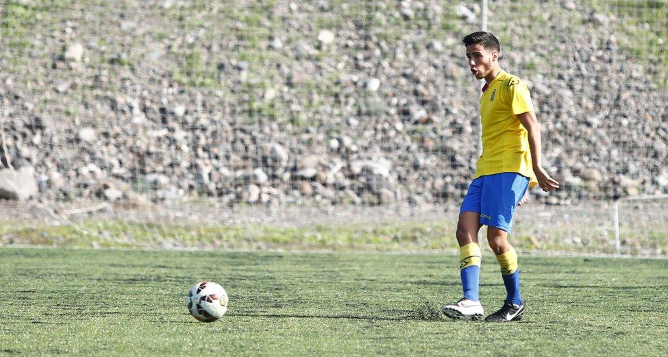 Fabio González en el derbi / udlaspalmas.net