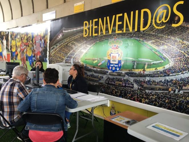 La UD Las Palmas alcanza los 9.000 abonados  aabe6042bb0