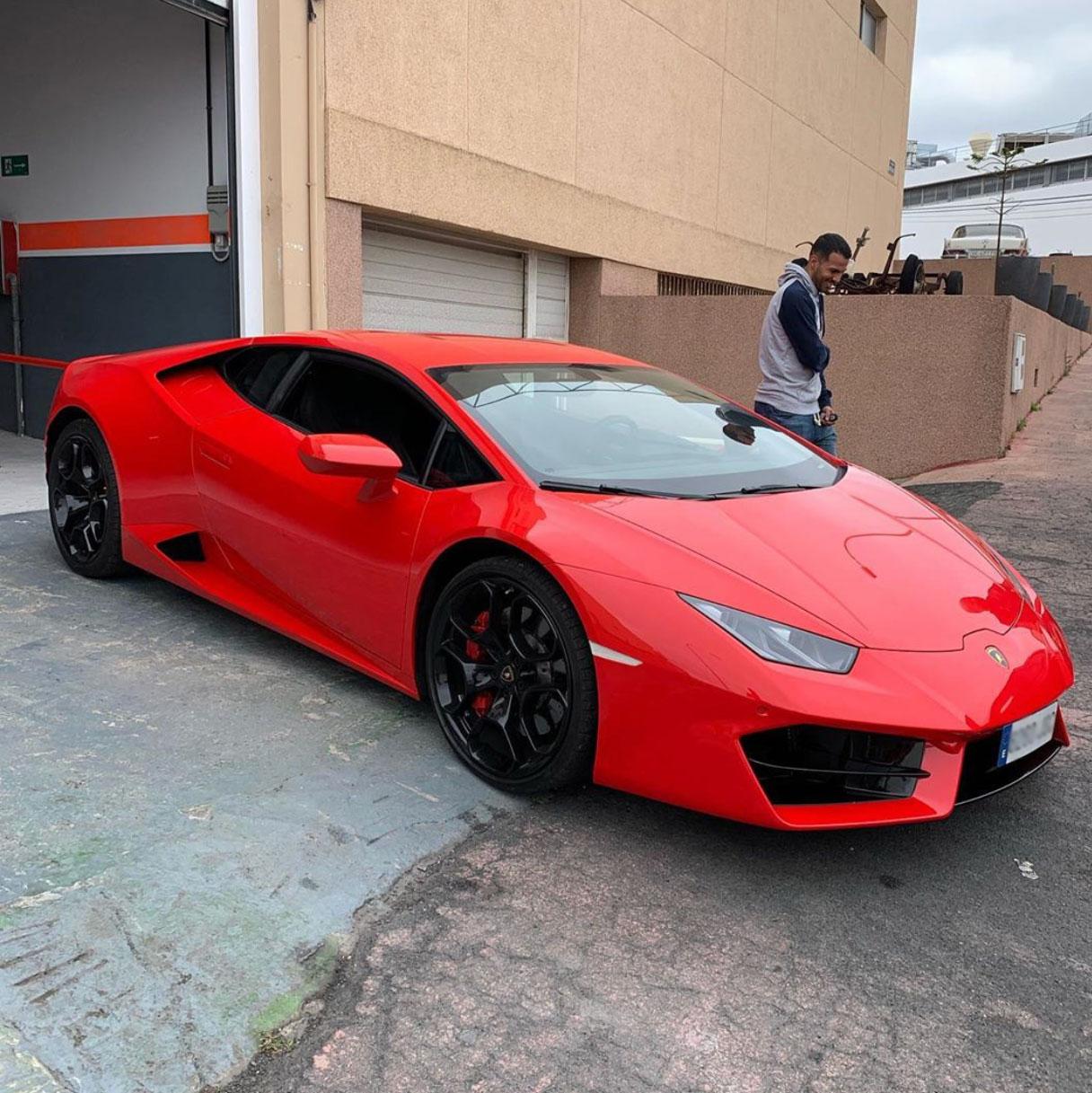 El espectacular nuevo coche de Jonathan Viera (FOTOS)